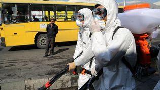 Les rues de Téhéranen cours de désinfections, vendredi 6 mars 2020. (FATEMEH BAHRAMI / ANADOLU AGENCY / AFP)