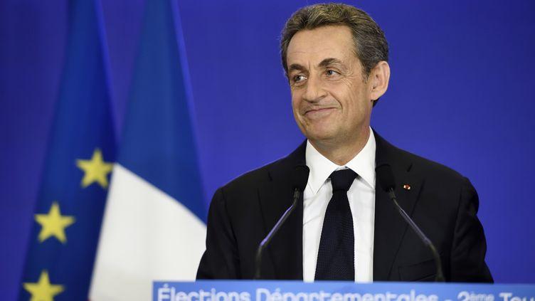 Nicolas Sarkozy s'exprime au siège de l'UMP, à Paris, le 29 mars 2015. (ERIC FEFERBERG / AFP)