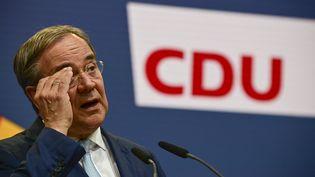 Le chef de file des chrétiens-démocrates allemands (CDU), Armin Laschet, le 7 octobre 2021 à Berlin. (TOBIAS SCHWARZ / AFP)