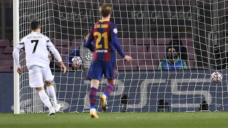 Cristiano Ronaldo a ouvert le score sur un penalty. (JOSEP LAGO / AFP)