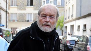 Maurice Agnelet à son arrivée au tribunal de Rennes (Ille-et-Vilaine), le jour du verdict à son procès pour l'assassinat de l'héritière Agnès Le Roux, le 11 avril 2014. (JEAN-SEBASTIEN EVRARD / AFP)