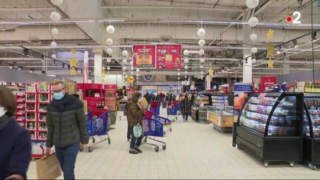 Consommation : la grande distribution mise sur les promotions pour vendre ses produits de fête