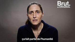 """VIDEO. """"On a des familles qui sont empêchées de pouvoir faire leur deuil"""", s'inquiète Cynthia Fleury (BRUT)"""