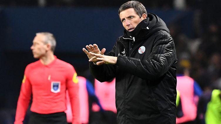 Thierry Laurey, l'entraîneur de Strasbourg, lors du match contre le PSG en 16e de finale de la coupe de France. (FRANCK FIFE / AFP)