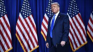 Donald Trump lors de la convention républicaine qui l'a officiellement investi candidat à sa réelection, à Charlotte (Caroline du Nord), le 24 août 2020. (BRENDAN SMIALOWSKI / AFP)