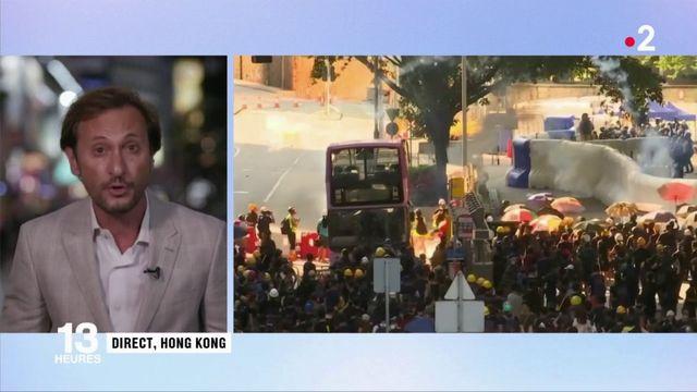 Hong Kong : le face-à-face entre manifestants et policiers s'intensifie