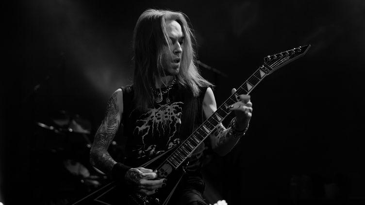 Le guitariste Alexi Laiho lors d'un concert au The Regency Ballroom le 5 décembre 2016, à San Francisco (MIIKKA SKAFFARI / FILMMAGIC)