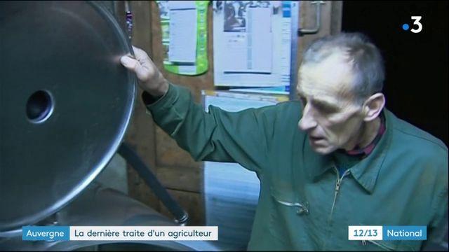 Auvergne : la dernière traite d'un agriculteur