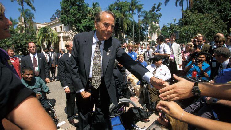 Bob Doleaprès la Convention nationale des républicains, à San Diego, en 1996. (MAXPPP/STONE)