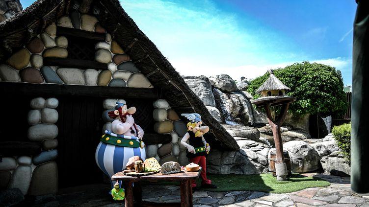 Le parc d'attractions Astérix prépare sa réouverture le 9 juin, avec protocole sanitaire (2 juin 2021). (STEPHANE DE SAKUTIN / AFP)