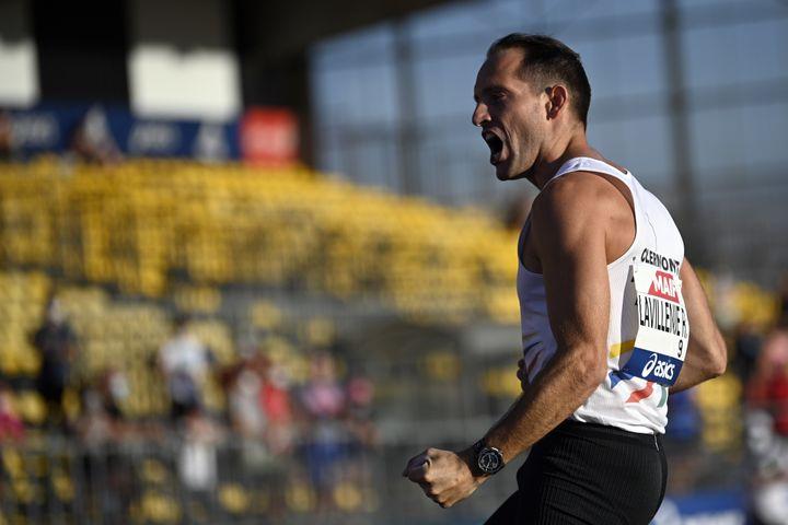 Renaud Lavillenie a remporté son 10e titre de champion de France en septembre 2020 (LIONEL BONAVENTURE / AFP)