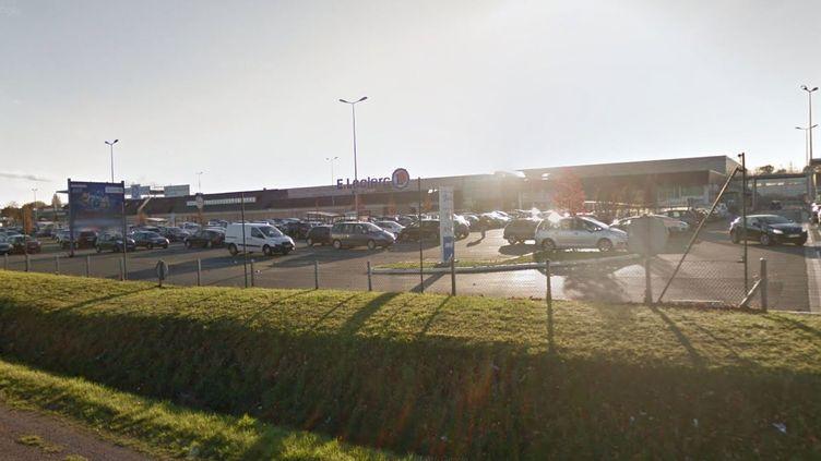 Un homme a été condamné, le 5 décembre 2017, pour injure raciste à l'encontre d'unenfantde 12 ans dans ce supermarché de Plérin (Côtes-d'Armor). (GOOGLE STREET VIEW)