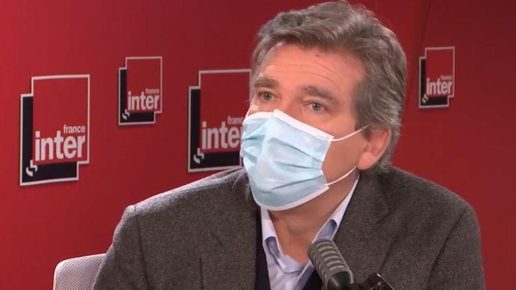 L'ancien ministre de l'Économie, Arnaud Montebourg, sur France Inter, le 5 novembre 2020. (FRANCEINTER / RADIOFRANCE)