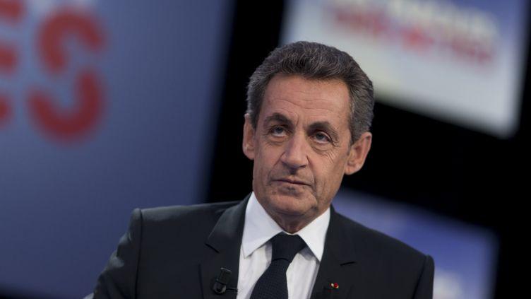 Le président des Républicains, Nicolas Sarkozy, sur le plateau de France 2, le 4 février 2016. (KENZO TRIBOUILLARD / AFP)