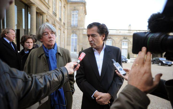 André Glucksmann et Bernard-Henri Lévy en 2007.  (MARTIN BUREAU / AFP)