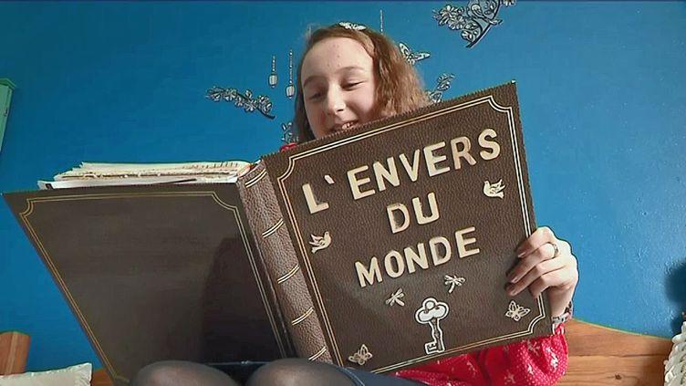 Lauralie Alfonsi, récompensée à douze ans pas la société des poètes français (F. Madigou / France Télévisions)