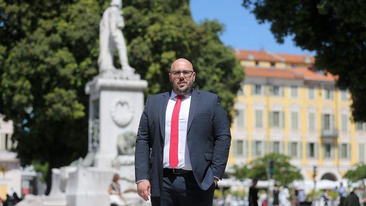 Le candidat RN aux municipales niçoises, Philippe Vardon, le 18 juin 2019, place Garibaldi. (CYRIL DODERGNY / MAXPPP)