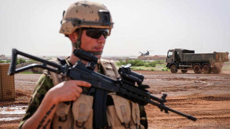 Un soldats estonienparticipant à l'opérationBarkhane à Gao (Mali), ici en août 2018. (FRED MARIE / HANS LUCAS)