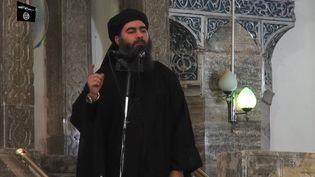 Le chef du groupe État islamique, Abou Bakr Al-Baghdadi, dans une vidéo de propagande diffusée en juillet 2014. (AFP)