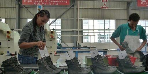 Usine chinoise de chaussures délocalisée en Ethiopie. (JENNY VAUGHAN / AFP)