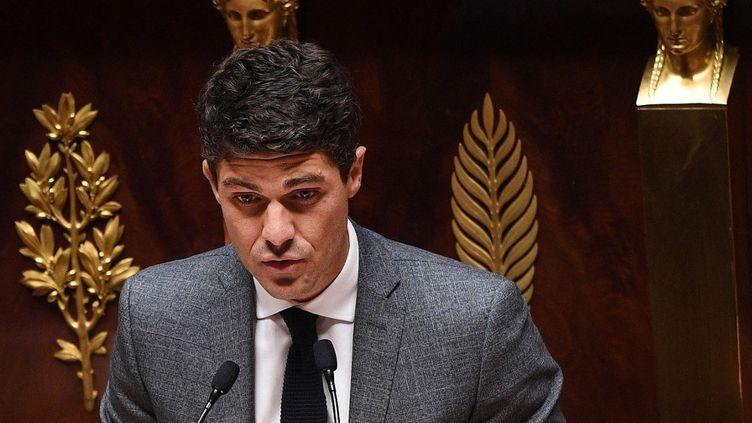 Aurélien Pradié, le 28 avril 2020, à l'Assemblée nationale, à Paris. (DAVID NIVIERE / AFP)