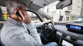 telephone au volant (AFP / PHOTONONSTOP)