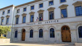 Le palais de justice de Valence dans la Drôme. (FLORENCE GOTSCHAUX / RADIOFRANCE)