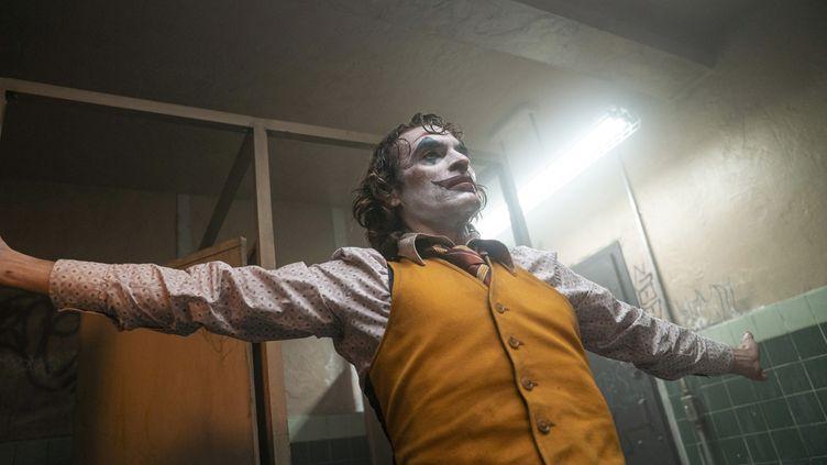 """Joaquin Phoenix dans """"Joker"""" de Todd Phillips (NIKO TAVERNISE / COLLECTION CHRISTOPHEL / Warner Bros / AFP)"""