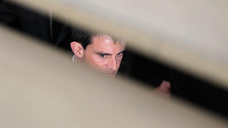 Le Premier ministre, Manuel Valls, durant une visite à Mont-Saint-Aignan (Seine-Maritime), le 13 février 2015. (CHARLY TRIBALLEAU / AFP)