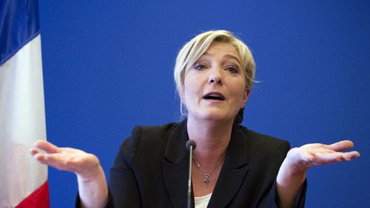 Marine Le Pen, à son QG à Nanterre, le 10 avril 2012. (JOEL SAGET / AFP)