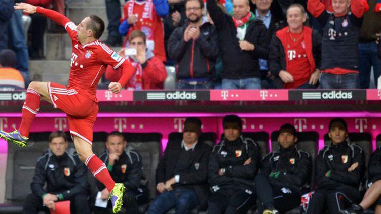 Franck Ribéry a une nouvelle fois fait les malheurs de ses adversaires.  (PETER KNEFFEL / DPA)