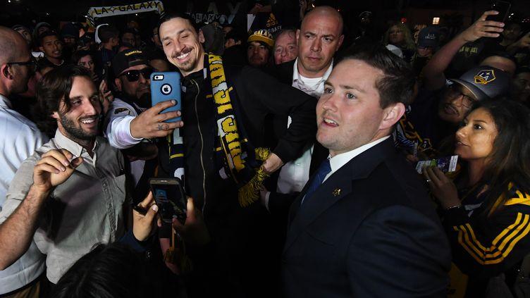 Zlatan Ibrahimovic à son arrivée à Los Angeles (MARK RALSTON / AFP)