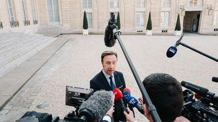 Stéphane Bernà la sortie de l'Elysée lors d'une réunion sur la reconstruction de la Cathédrale Notre-Dame, le 17 avril 2019 (BENOIT DURAND / HANS LUCAS)