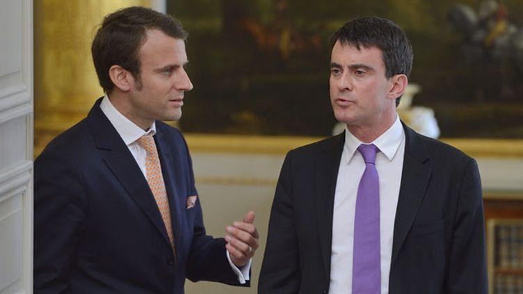 (© MaxPPP Manuel Valls, le premier Ministre a choisi Emmanuel Macron comme ministre de l'Economie)