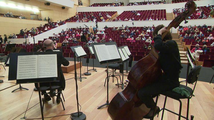 Les concerts ont repris pour l'Orchestre national de Lille. (CAPTURE D'ÉCRAN FRANCE 3 / GURAK Sébastien)