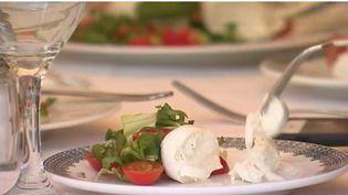 Saveur d'été : la salade caprese aux couleurs de l'Italie (FRANCE 2)