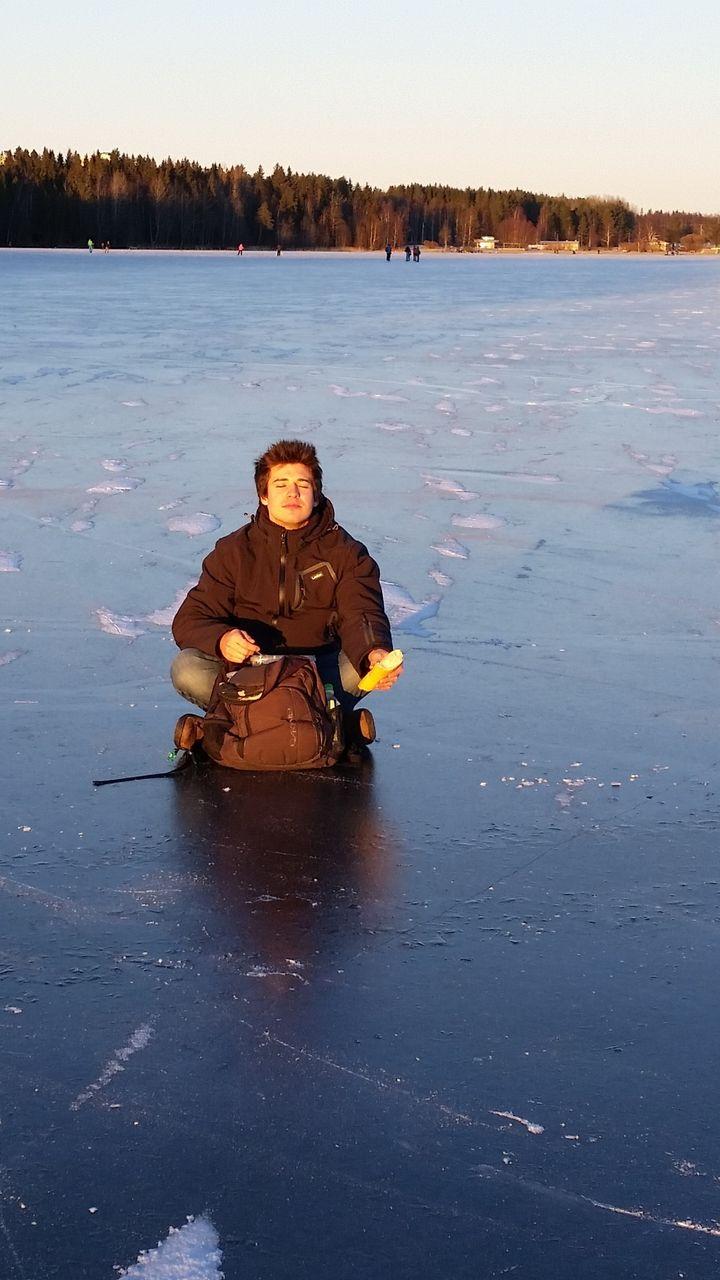 """Sur le lac gelé d'Umeå. """"Le VIEa changé ma vie, j'ai eu accès à des choses dont je n'aurais même pas rêvé!"""" (LUCAS DE BONDELON)"""