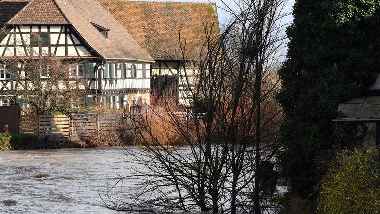 Une rivière en crue sur la commune d'Ebersmunster (Bas-Rhin),le 4 février 2020. (MAXPPP)