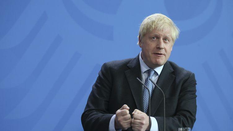 Le Premier ministre britannique, Boris Johnson, lors d'une conférence de presse à Berlin (Allemagne), le 21 août 2019. (ABDULHAMID HOSBAS / ANADOLU AGENCY / AFp)