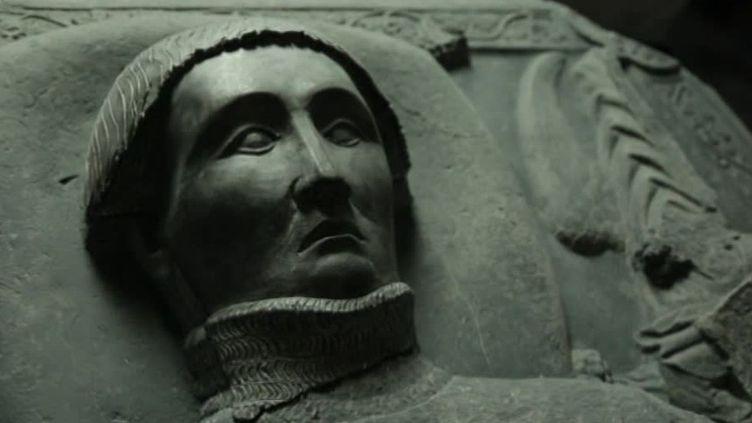 Rénovation exceptionnelle d'un gisant du XVe siècle  (France 3 / Culturebox / capture d'écran)