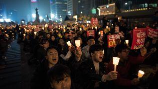 Manifestation massive dans les rues de Séoul pour demander la démission de la présidente de Corée du SudPark Geun-hye. (ED JONES / AFP)