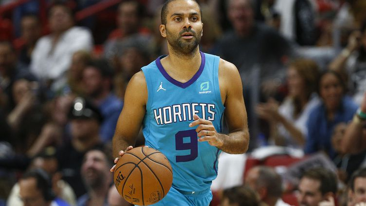 Tony Parker (MICHAEL REAVES / GETTY IMAGES NORTH AMERICA)