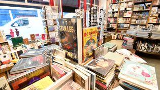 A l'intérieur d'une librairie parisienne, en mai 2020. (JULIEN MATTIA / ANADOLU AGENCY)