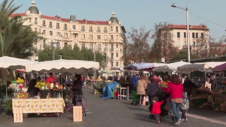 Reconfinement à Nice : un certain relâchement observé chez les habitants (France 3)