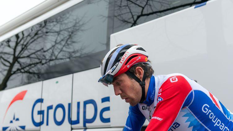 Le leader de la formation Groupama-FDJ, Thibaut Pinot, lors du Tour des Alpes-Maritimes et du Var le 19 février 2021. (LAURENT COUST / SOPA IMAGES / SIPA)