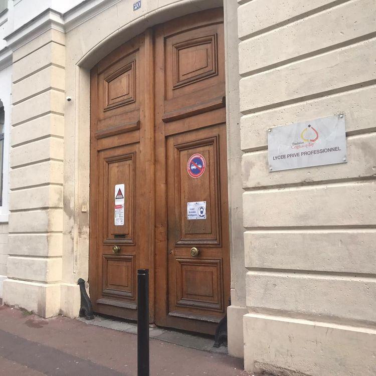 Le lycée professionnel Cognacq-Jay à Argenteuil (Val-d'Oise) où était scolarisée Alisha. (MORGANE HEUCLIN-REFFAIT / RADIOFRANCE)