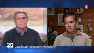 Les deux pilotes Pascal Fauret et Bruno Odos participent au journal de 20 heures de France 2, le 27 octobre 2015. ( FRANCE 2 / FRANCETV INFO)
