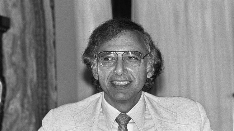 Robert Gallo, L'un des chercheurs à l'origine de la découverte du virus du Sida au début des années 80. (RALPH GATTI / AFP)