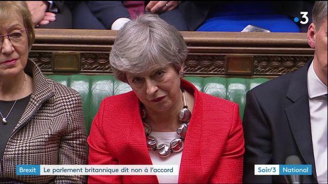 Brexit : impasse au Royaume-Uni qui rejette à nouveau l'accord