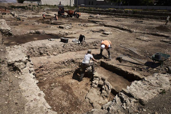 A Sainte-Colombe (Rhône), des maisons romaines vont pouvoir être reconstituées  (Jean-Philippe Ksiazek / AFP)